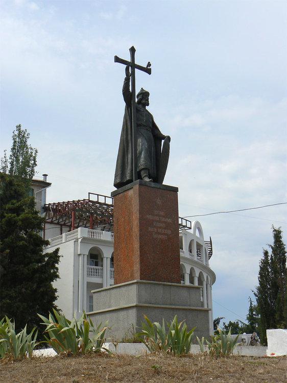 monument_vladimir_lg.jpg