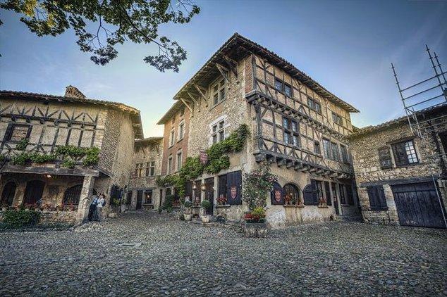 Путешествие во времени – старинная французская деревня | WMJ.ru